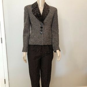 St. John 2 Piece Pant Set Jacket Sz 4